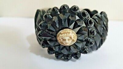 Antique Victorian Whitby Jet Shell Cameo Of Medusa? Head On An Unusual Bracelet  • 269£
