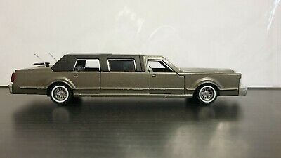 Majorette 3045 Series - Lincoln Stretch Limousine In Silver Boxed. Bought In USA • 7.99£