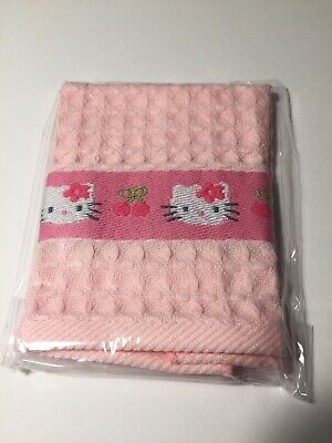 Hello Kitty Collectable Face Cloth. Brand New And Unused • 6£