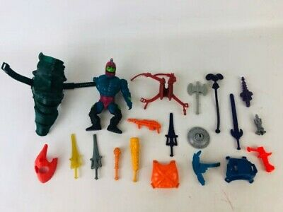 $106.95 • Buy Vintage Lot 20 Piece Motu Accessories Weapons Armor Skeletor He-Man Saddle Axe