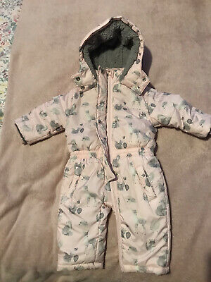 Baby Pramsuit 0-3 Months • 2.99£