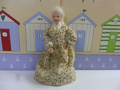 Dolls House 1/12th Scale Minatures Elderly Lady Doll In Floral Dress • 6.59£