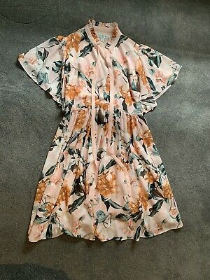 AU30 • Buy Bundle Of Clothes - Forever New, Ted Baker