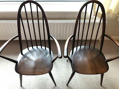 Pair Of Ercol 365A Quaker Windsor Armchairs • 25£