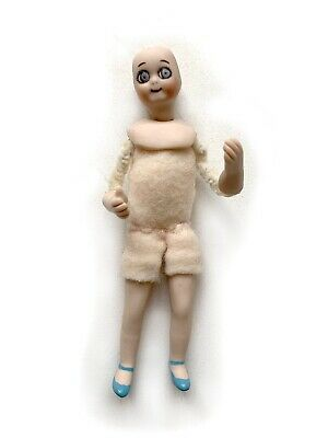 "$ CDN12.62 • Buy Vintage 1989 Miniature Dollhouse Doll Porcelain 4 1/4"" Cloth Body Female RU9"