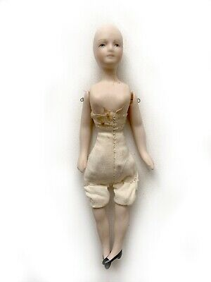 "$ CDN12.62 • Buy Vintage Miniature Dollhouse Doll Porcelain 4 3/4"" Tall Cloth Body Female RU15"