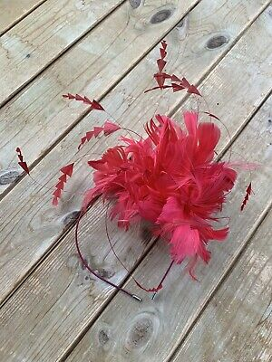 Womans Coast Pink Fascinator Wedding Headpiece With Feather Design • 3£