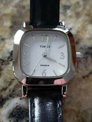 Ladies TIMEX Easy Read Watch, New Battery, Nice Strap, White Dial. • 2.21£