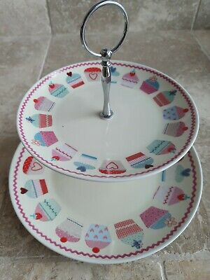 Porcelain Cup Cake Stand • 2£
