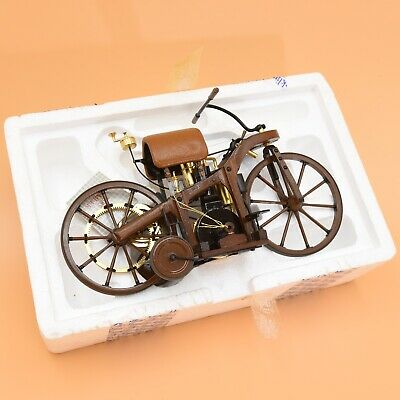 Franklin Mint 1885 Daimler – 1:8 Scale – Wood And Die-cast – Perfect Condition • 31£