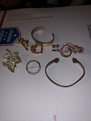 $ CDN10.03 • Buy Jewelry Lot Of 5 Pins And 2 Copper Bracelets