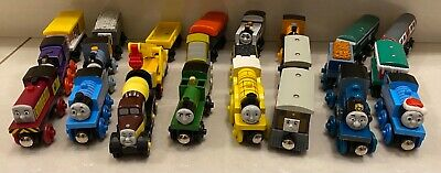 Tomy/Gullane Thomas & Friends Wooden Trains ⭐️ Magnetic ⭐️ Choose Your Train ⭐️ • 5.99£