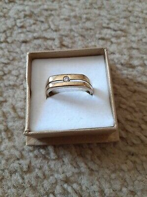 AU295 • Buy 9ct Solid Gold Men's Ring With Diamond