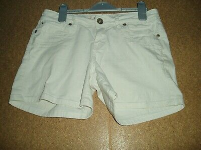 Ladies /Girls Yes Yes New Look Shorts Size 8 WHITE. • 2.99£