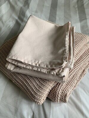 Ikea Throws And Cushion Covers • 15£
