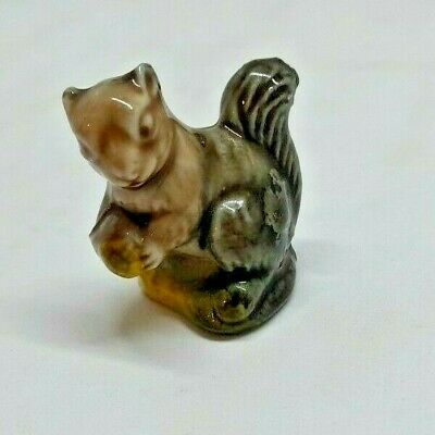 £3.99 • Buy Wade Whimsy Squirrel With Acorn Vintage