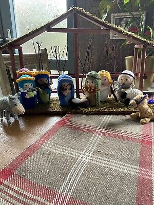 £36 • Buy Hand Knitted 11 Piece Nativity Set Unique Adorable With Stable