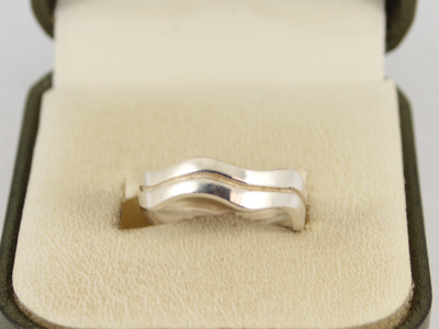Wavy Band Sterling Silver Ladies Ring Stunning Size M 1/4 925 2.8g Hr54 • 5.50£