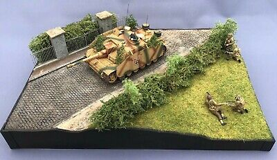 Diorama Tamiya Stug Iii G Tank With 4 Dragon Figures 1/35 Built And Painted • 179.95£