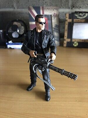 NECA Terminator 2 Judgment Day T-800 Ultimate Deluxe Arnold 7  Action Figure Toy • 10.50£