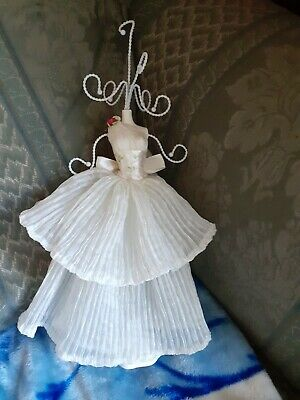 This Is A Great Lady Jewellery Stand With White Dress • 0.65£