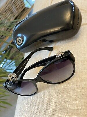 £200 • Buy Chanel Genuine Black Sunglasses With Case