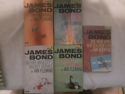 5 Ian Fleming James Bond Novels • 15£