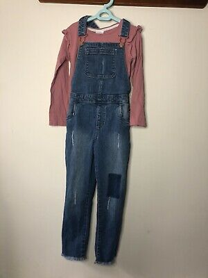 Girls Top And Denim Dungarees Age 6-7 Years • 3£