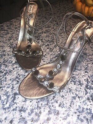 Ladies Shoes Size 8 Faithsolo    Silver Colour BRAND NEW • 10£
