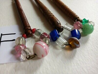 Bundle Of Vintage Turned Wood LACE MAKING BOBBINS With Glass Beads. Set F • 1.99£