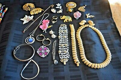 $ CDN15.78 • Buy Sterling Silver & Costume Jewelry LOT Vintage Bracelets Necklaces Rings Brooches