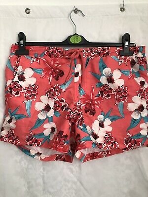 (440) Ladies TU Salmon And Floral Pink Shorts Size 14 • 0.49£