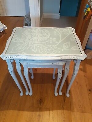 Set Of/Nest Of 3 Tables With Grey/White Flower & Leaf Design Under Glass • 65£