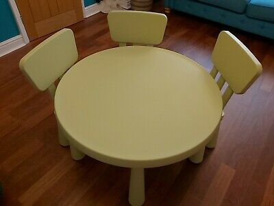 IKEA Mammut Green Table & 3 Matching Coloured Chairs • 25£