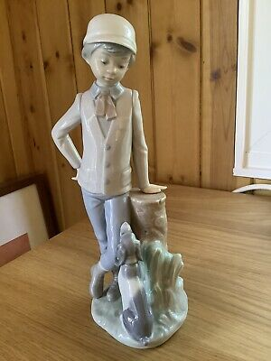 Nao/lladro Figurines Pre Owned - Boy With Dog • 25£