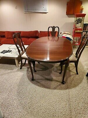 $2800 • Buy Ethan Allen Mahogany Dining Set Table With 6 Chairs And China Cabinet