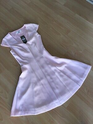 AU35 • Buy Forever New Dress Size 4