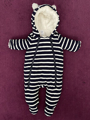 GAP Baby Navy And White Stripes Pramsuit/Snowsuit 0-3 Months. Barely Worn. • 11.90£