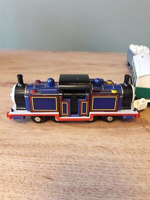 Thomas The Tank Engine Trackmaster Mighty Mac, Cargo & Carriage, Working  • 8£