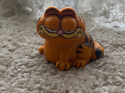 Garfield PVC Figure 1978 1981 United Feature Syndicate Hong Kong 2  Vintage • 2.54£