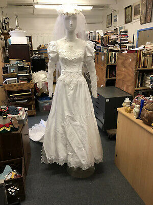 AU194.69 • Buy Vintage 1980s Wedding Dress With Tulle Petticoat   + Original Box Size- Small
