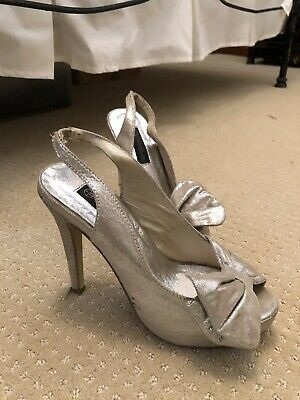 AU10 • Buy Forever New Playform Stiletto Pumps. Silver With Big Bows. Size 6