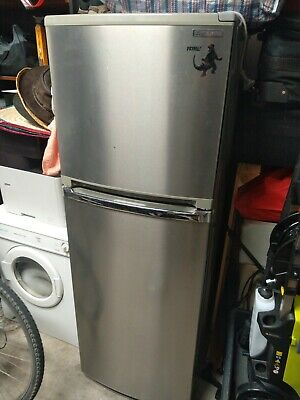 AU25 • Buy Fridge Freezer 260L Mitsubishi