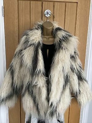 £35 • Buy Ladies Shaggy Faux Fur Coat From ZARA Size M Cream And Grey