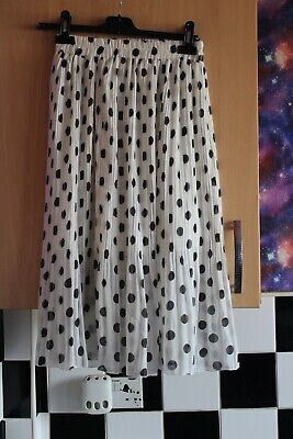 White And Black Spotted Polka Dot Lined Pleated Skirt;By Yupa. Size 14 - 16 • 1.30£