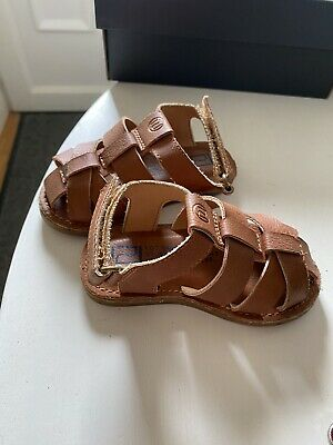 £5 • Buy Brown Leather Caged Sandals Infant Size 3