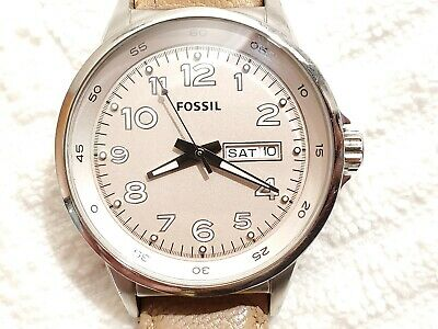 $ CDN1.21 • Buy Vintage Fossil Beige Silver Tone Day Date Quartz Women's Watch Leather Strap