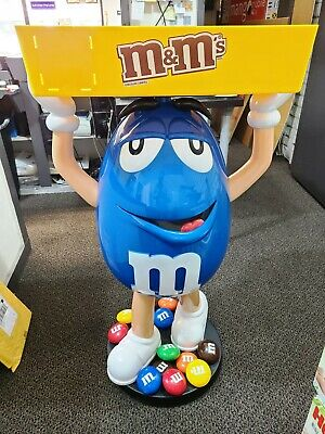$890 • Buy ■ M&M's BLUE Store Display With Tray NEW IN THE BOX