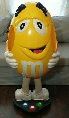 $224 • Buy M&m Yellow Character Candy Store Display On Wheels