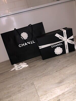 £10 • Buy 100% Authentic Chanel Shoe Gift Box,  Bag And Ribbon